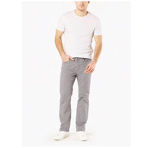 Docker's Straight Fit Gray Jeans (34x32)